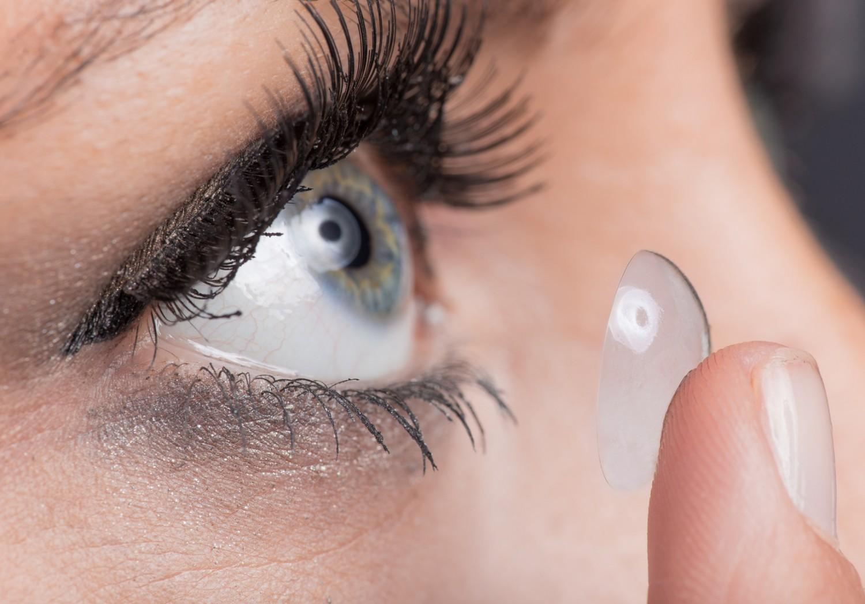 Commander des lentilles : sur internet, c'est moins cher !